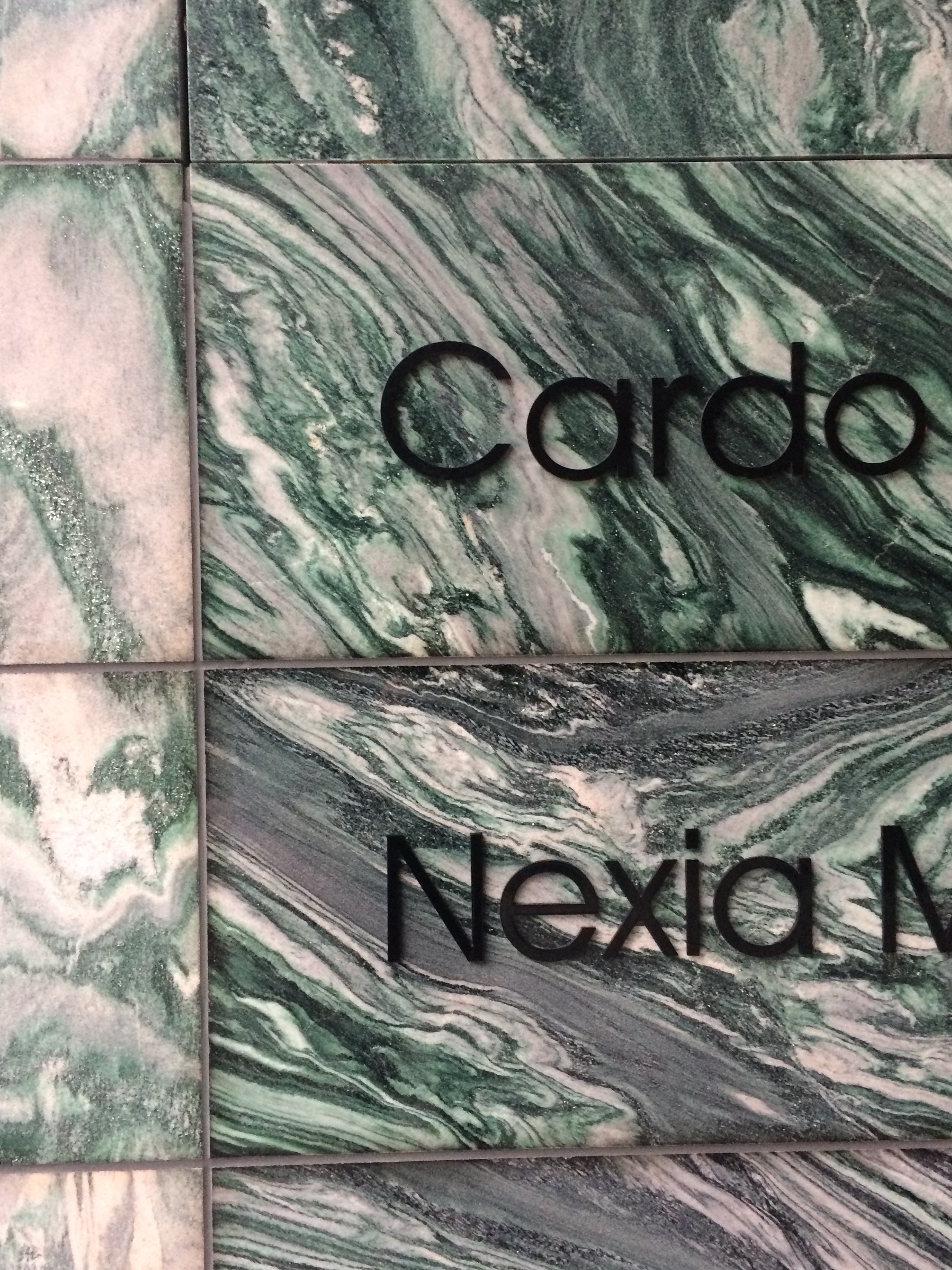 Oslo, mere grøn marmor til alle
